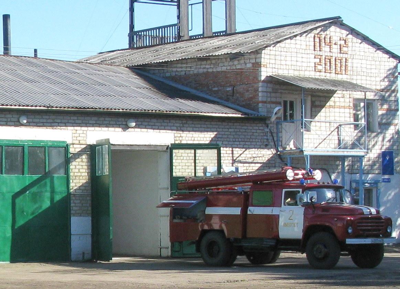 Возможный поджог расследуют пожарные инспекторы в Октябрьском районе