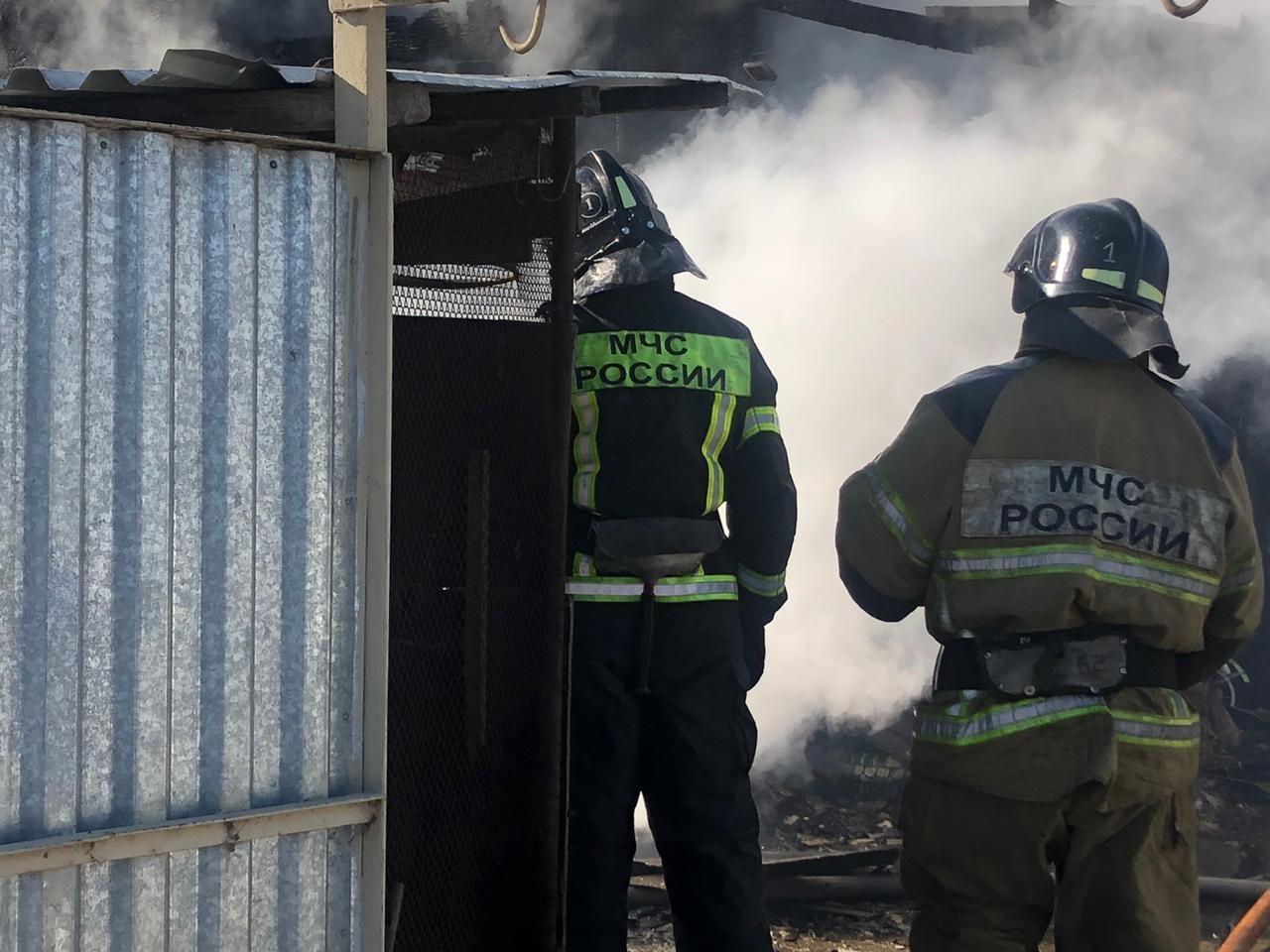 Два пожара за сутки ликвидировали огнеборцы области